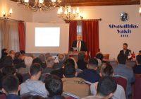 Dr. M.Vecdi Gönül'ün Konferansı